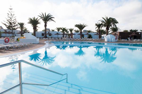 Swimming pools hl río playa blanca**** hotel lanzarote