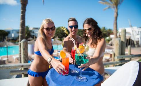 POOL BAR HL Paradise Island**** Hotel in Lanzarote